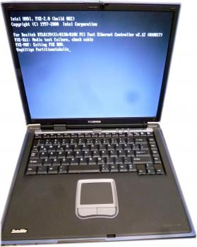 Toshiba Satellite S2430-101 Notebook |2,53 GHz | 15 Zoll